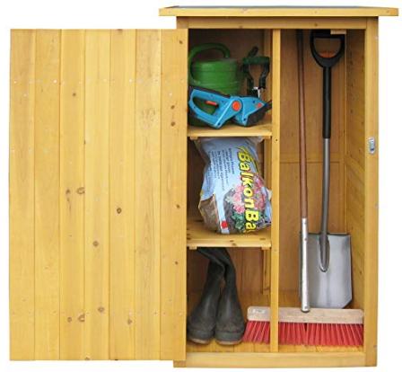 Caseta de jardín por dentro. Ordenar las herramientas.